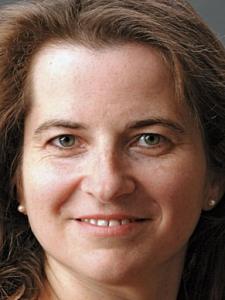 Dr. Nicole Strauss - Trainerin CSR